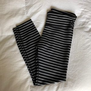Gap Fit striped 7/8th length leggings